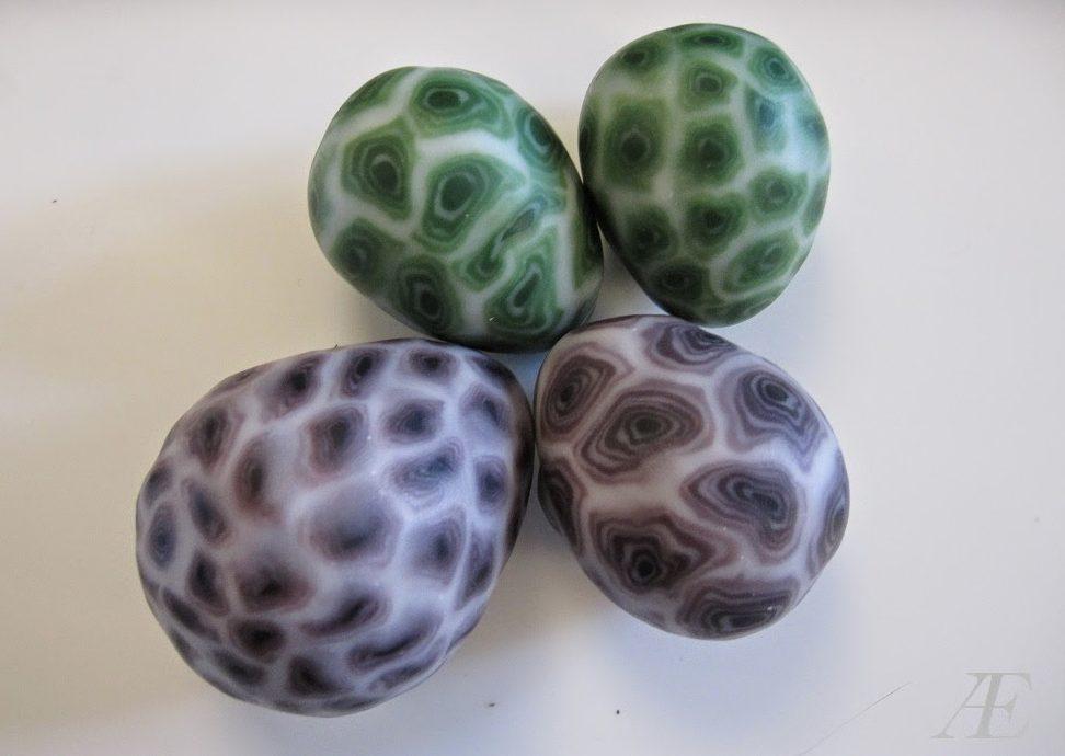 Æg af trylledej, pyntet med cernit/fimo