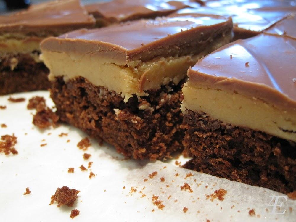 Her ses lagene i denne brownie virkelig godt, det bløde og cremede peanutbutter fyld og den lækre brownie