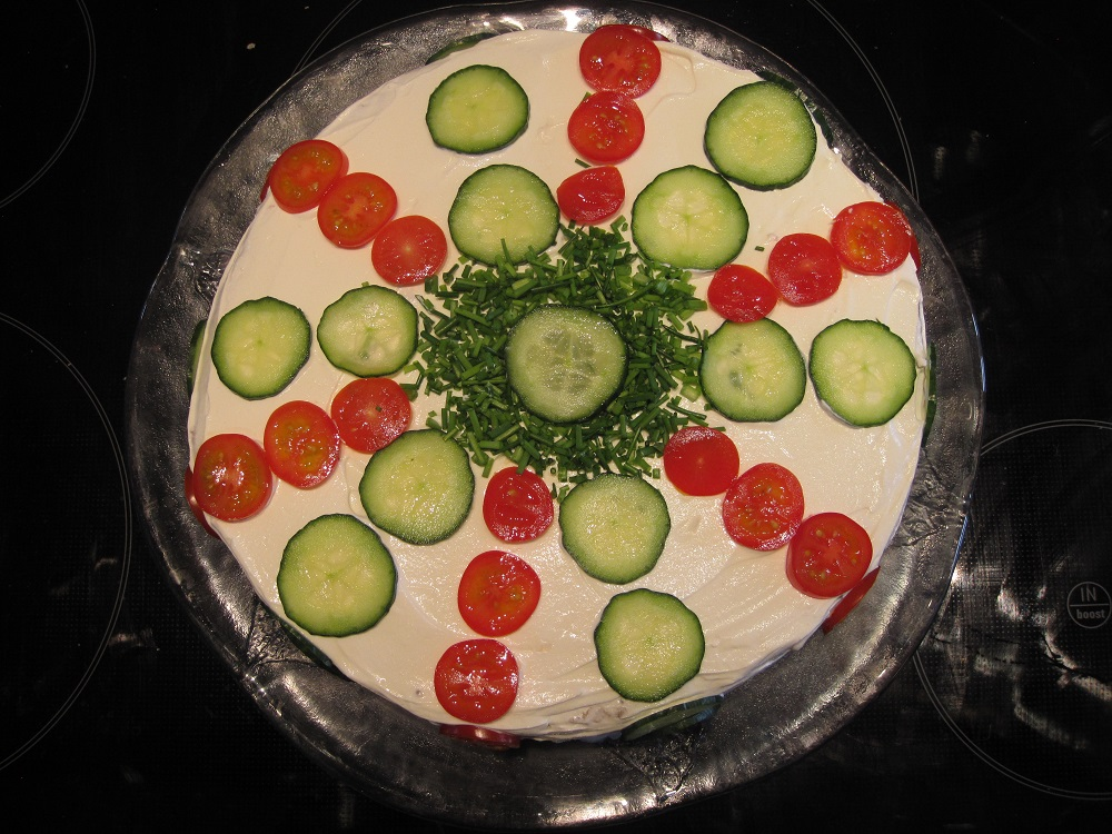 Smörgåstärta, Svensk inspireret frokost lagkage