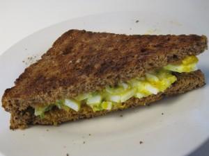 Opskrift på Nem og hurtig æggesalat
