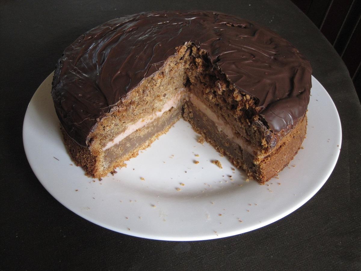 Græskar krydderkage med smørcreme og chokolade
