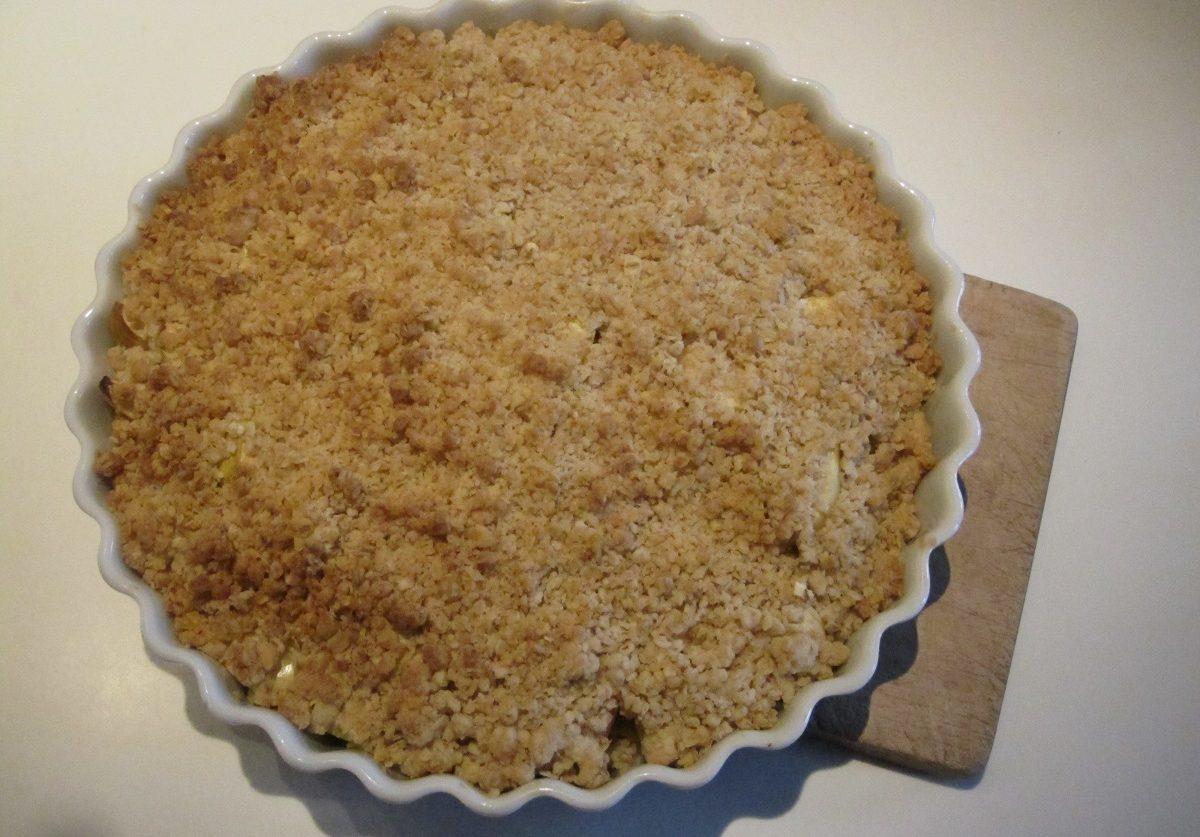 Opskrift på den nemmeste æble crumble / smuldre æblekage