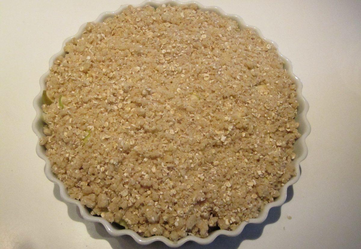 Den ubagte æble crumble / smuldre æblekage