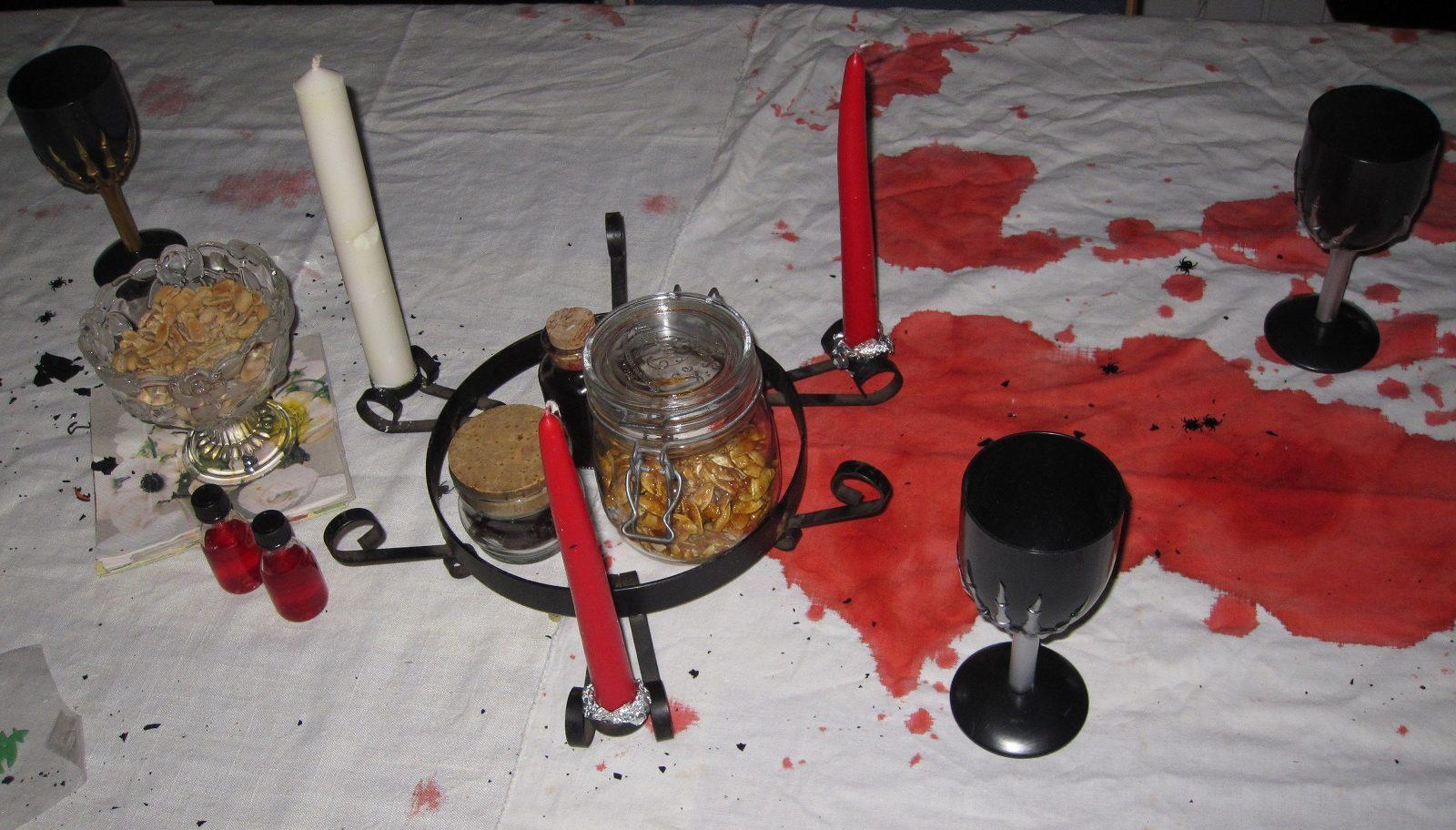 Halloween pynt og borddækning