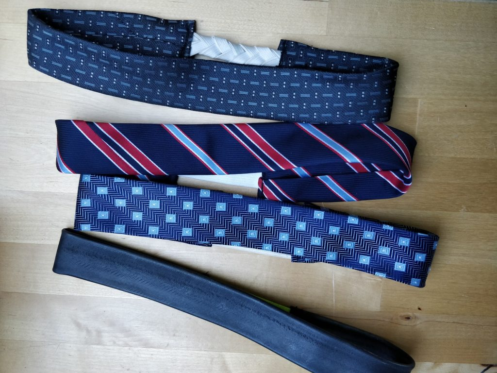 Super nemme syede hårbånd af slips og cykelslange.