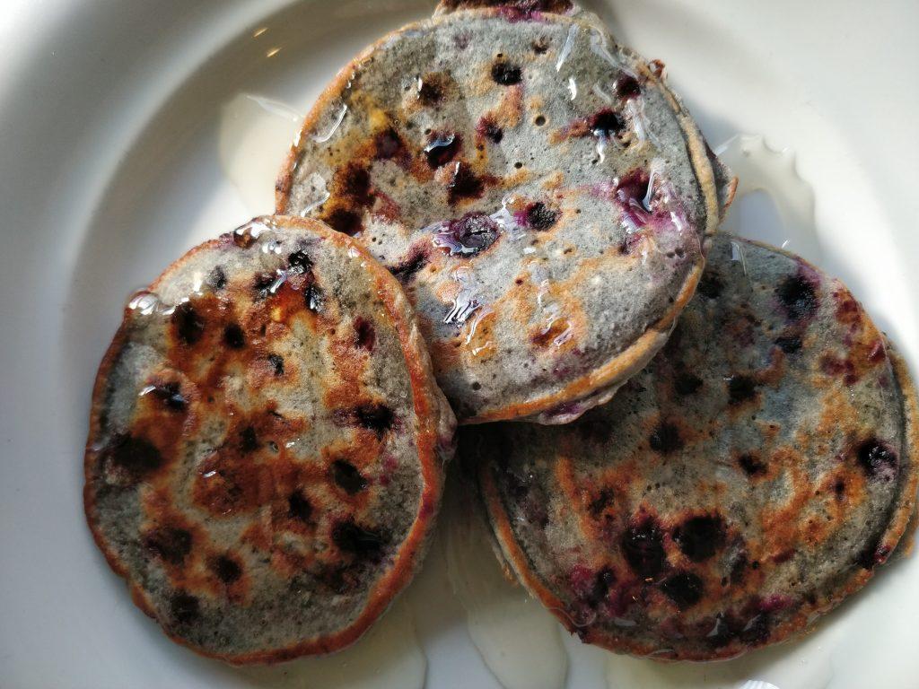 Super nem opskrift på blåbærpandekager