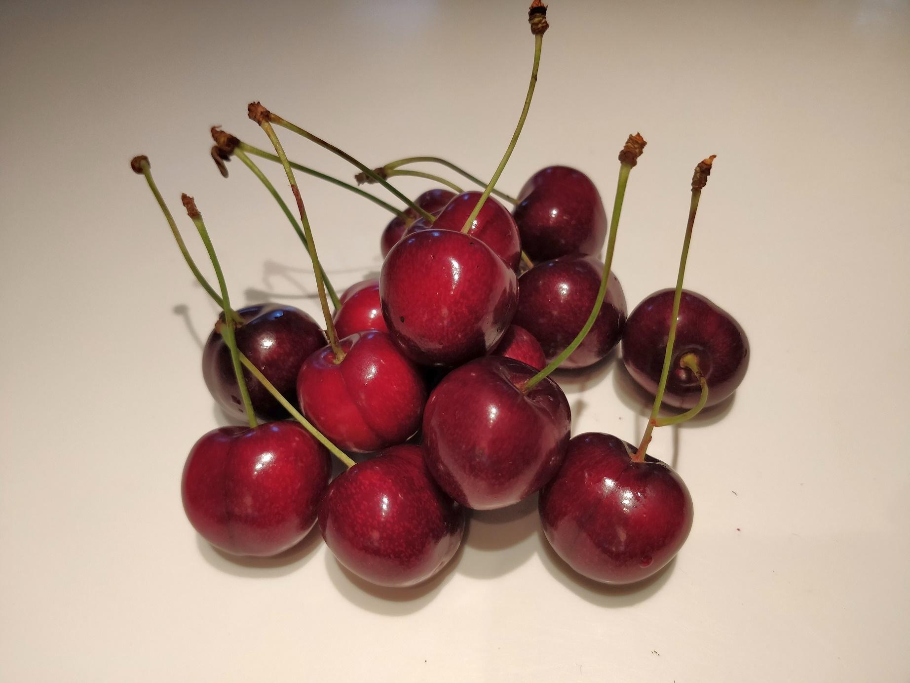 Kirsebær eller moreller til en kage
